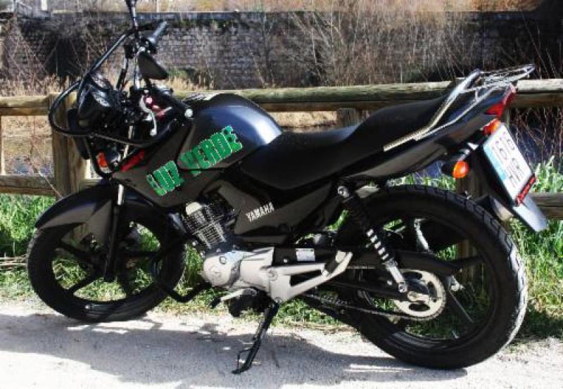 *Yamaha YBR 125cc / cambio manual